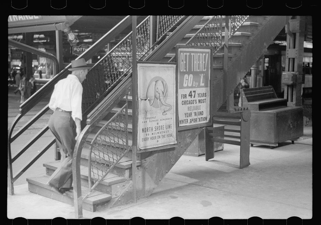 L steps, Chicago, Illinois